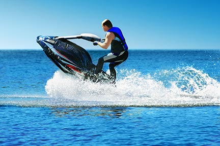 Many people like to do tricks on jet skis, however, these tricks often lead to injuries and boating accidents. Call a Dallas boat accident attorney today to discuss your options.